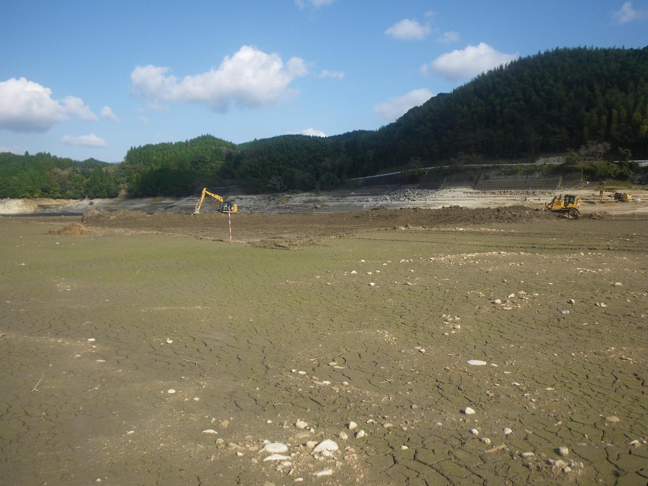 ダム浚渫の施工流れ