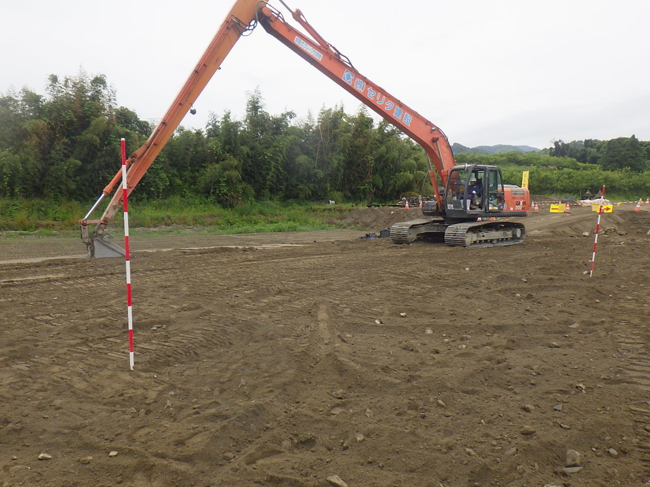 浅層・中層改良工法で地盤改良する